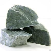 Камень нефрит колото-пиленный